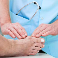 doctor for bunions-1