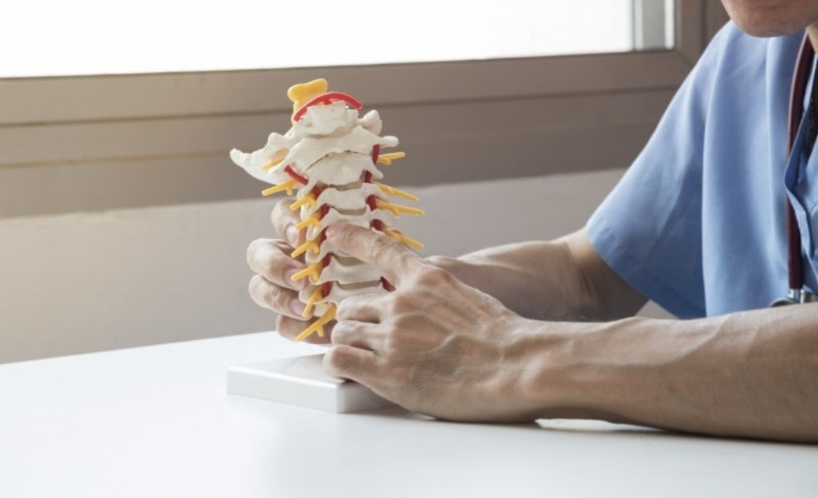 4 Conditions Treatable with Minimally Invasive Spinal Fusion Surgery